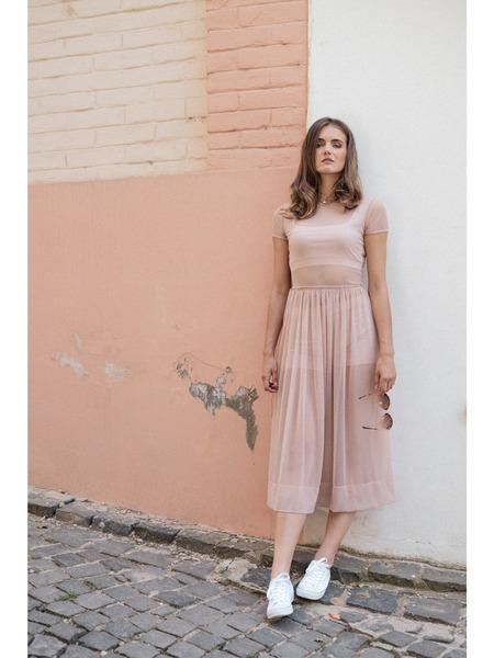 Šaty sriasenou sukňou vmidi dĺžke