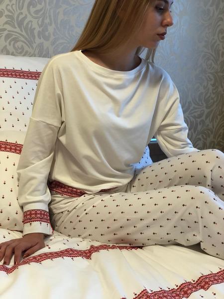 Dámske pyžamo z organickej bavlny FOLKLORIKA